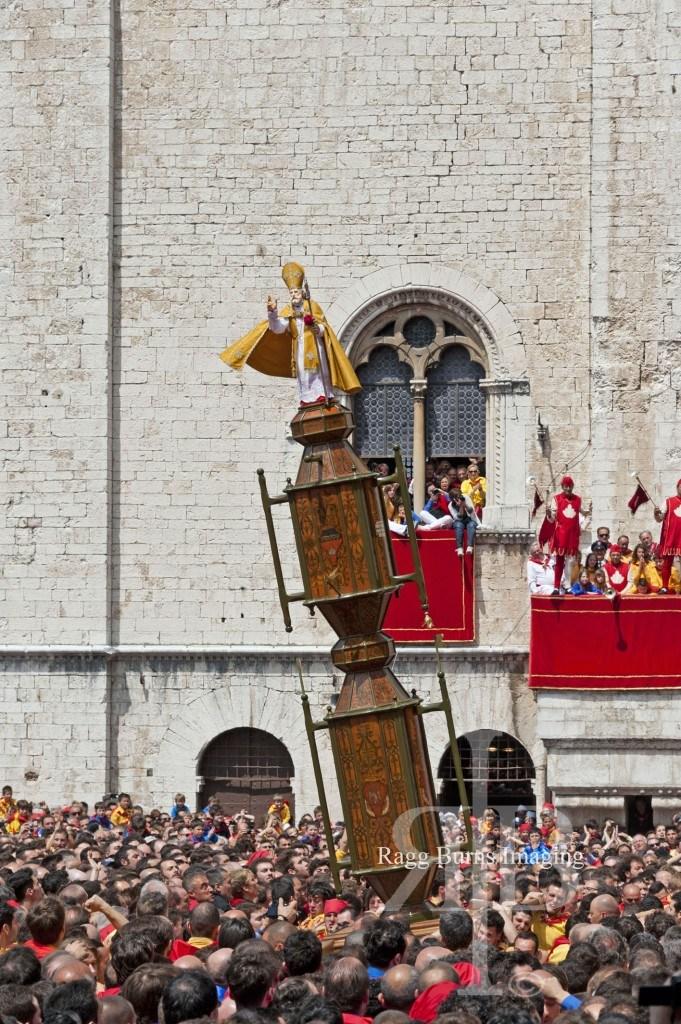 Ceri Di Gubbio Yellow Cero Around the Pole