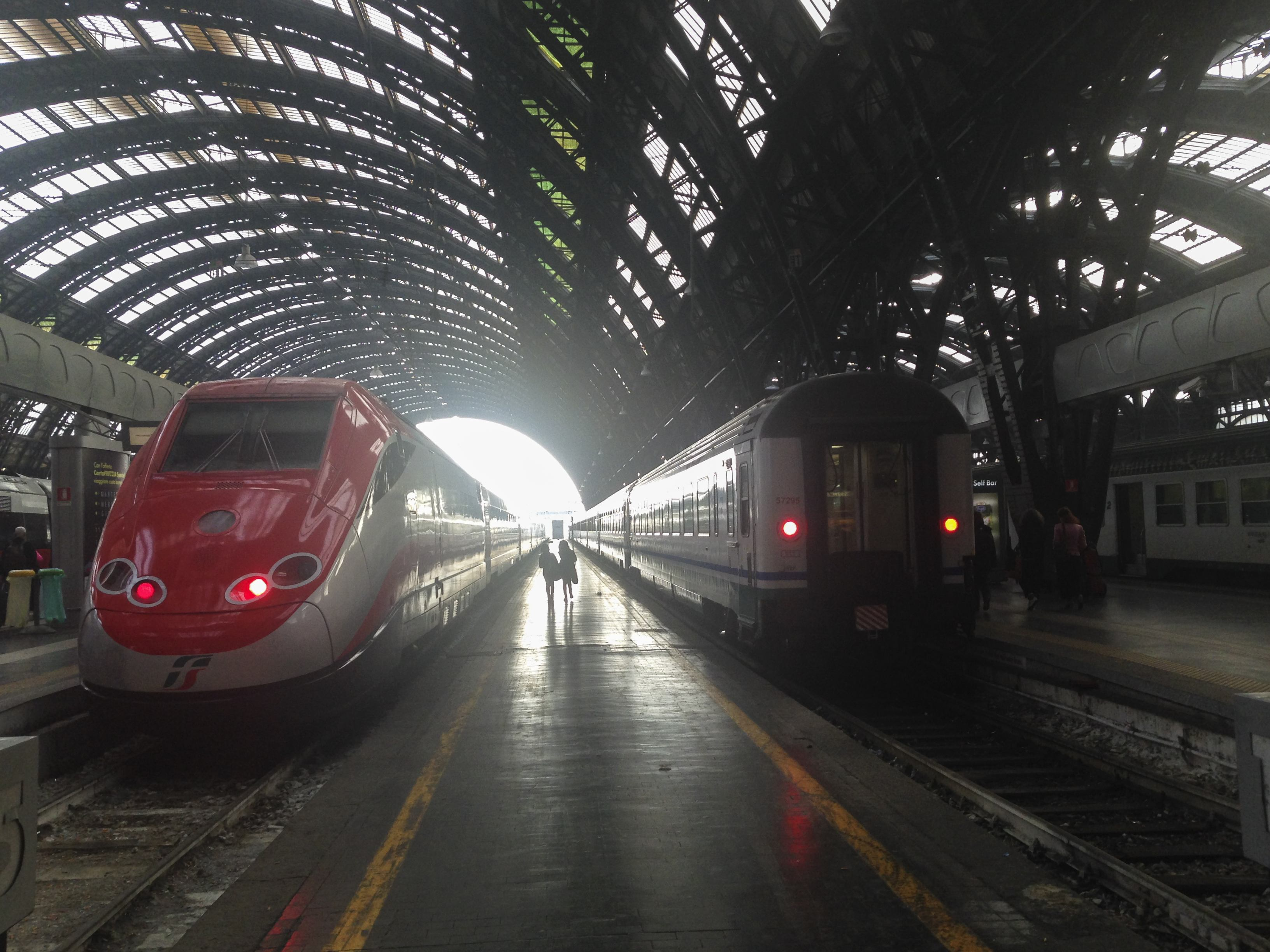 Tremendous A Simple Guide To Italian Trains The Crowded Planet Beatyapartments Chair Design Images Beatyapartmentscom