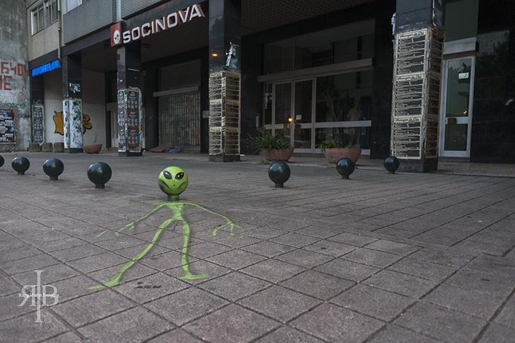 Porto Street Art Alien