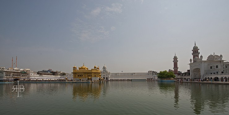 India Amritsar Golden Temple view