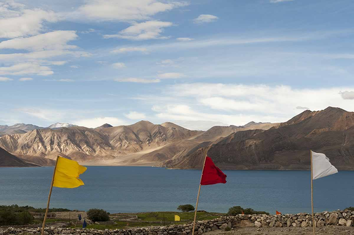 India-Pangong-Lake-with-Flags