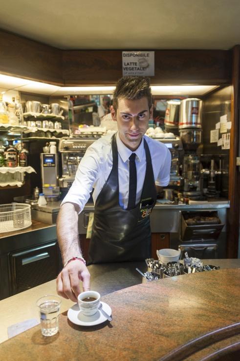 Italy Puglia Pizzicato Gargano Barman