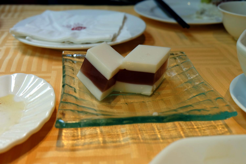 Sweet rice cube Beijing street desserts