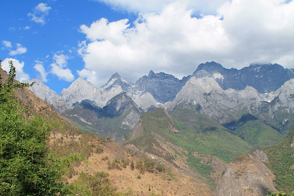 Tiger leaping gorge 5 Reasons to Visit Yunnan