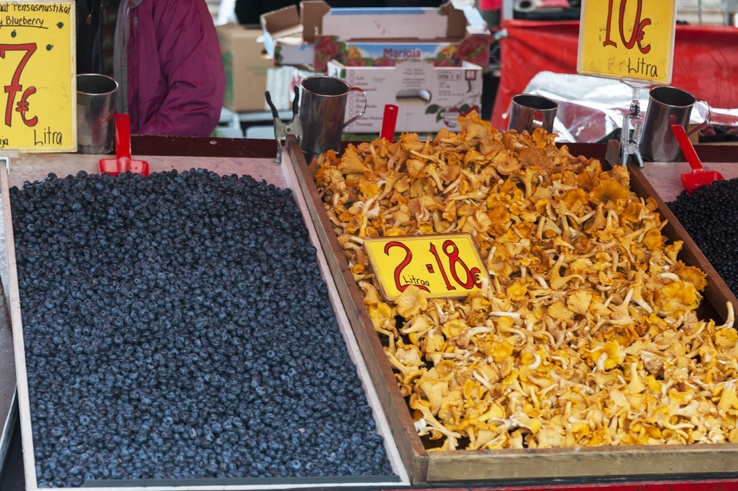 Helsinki market Blueberries