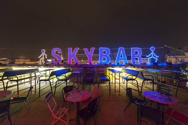 Budapest Ruin pubs skybar