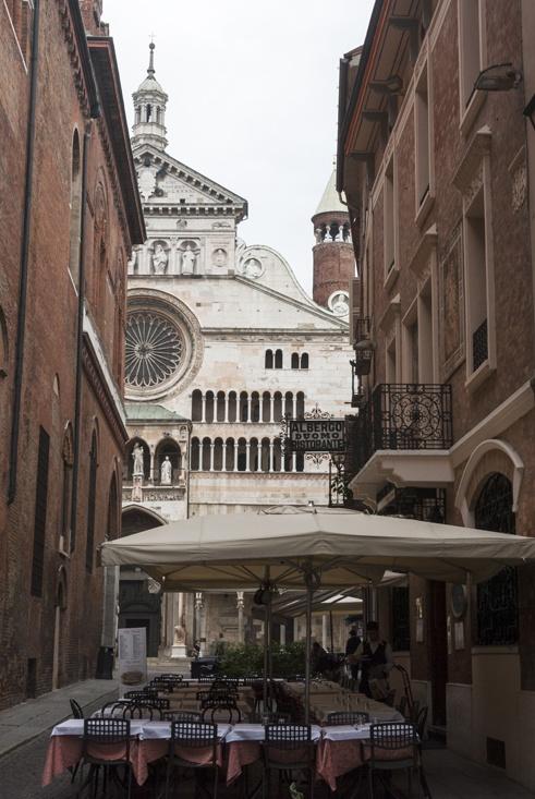 visit cremona streets