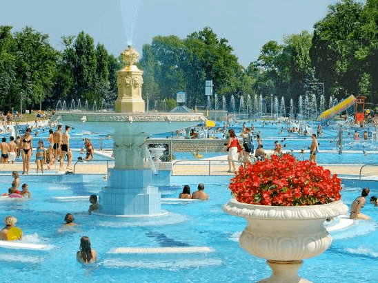 7 things to do on margaret island the crowded planet for Margaret island budapest swimming pool