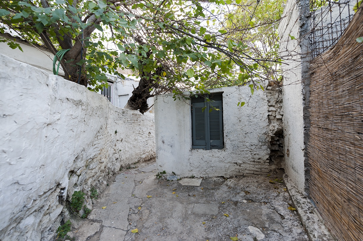 The beautiful little streets of Anafiotika