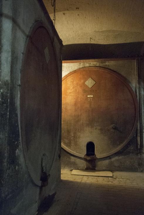osimo underground wine barrels