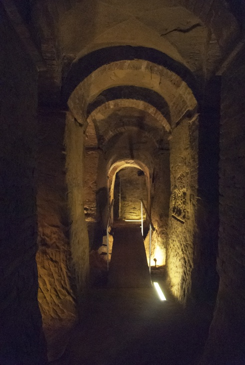 osimo underground Tunnel