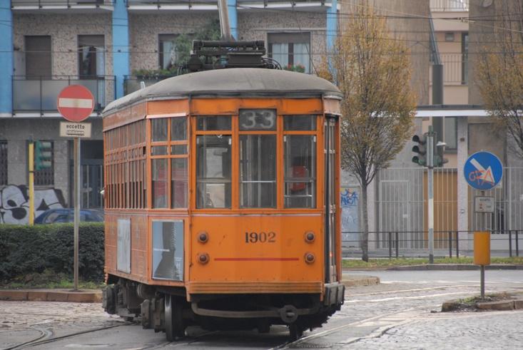 33 vintage tram milan