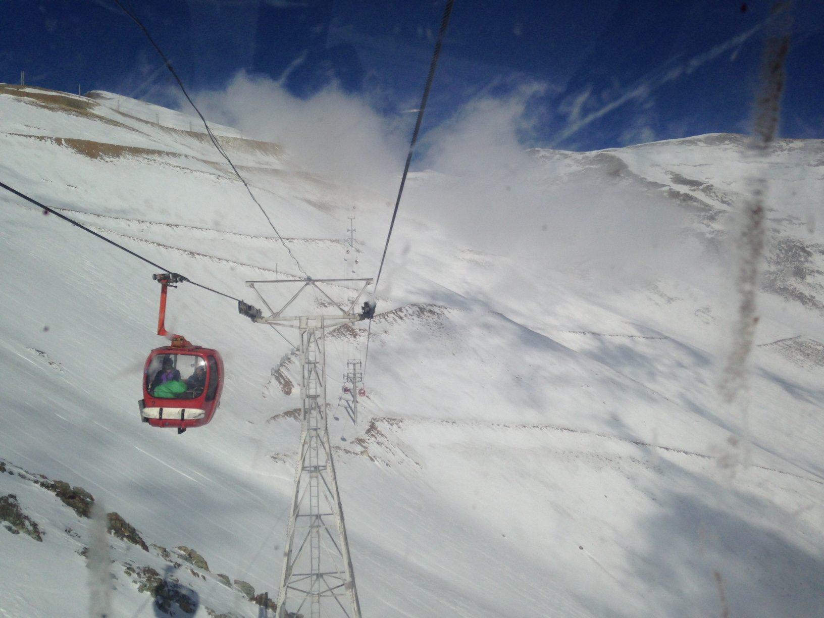 tochal ski iran cablecar