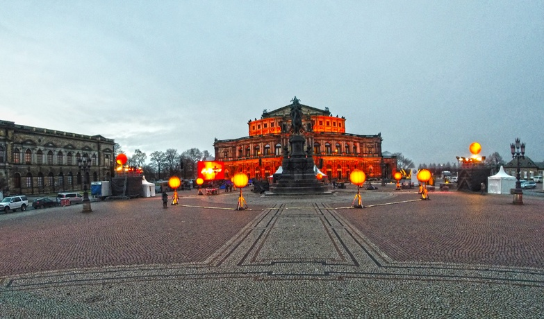 semperoper dresden night
