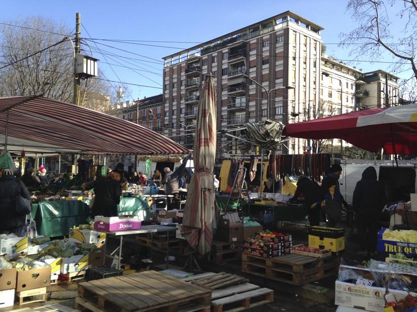 milan market largo V alpini