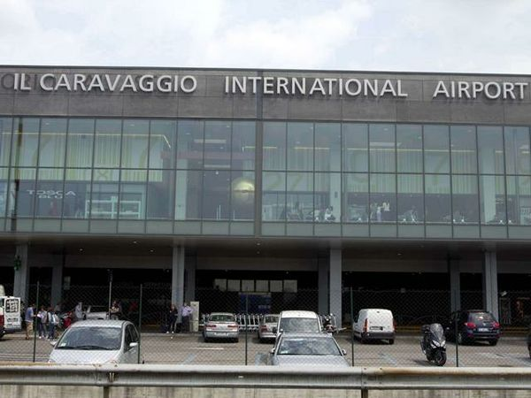 bergamo airport outside