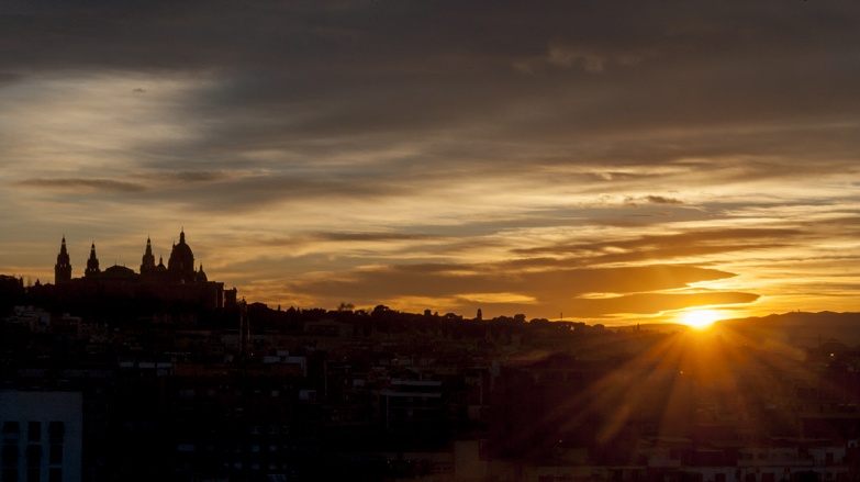 barcelona sunset raval