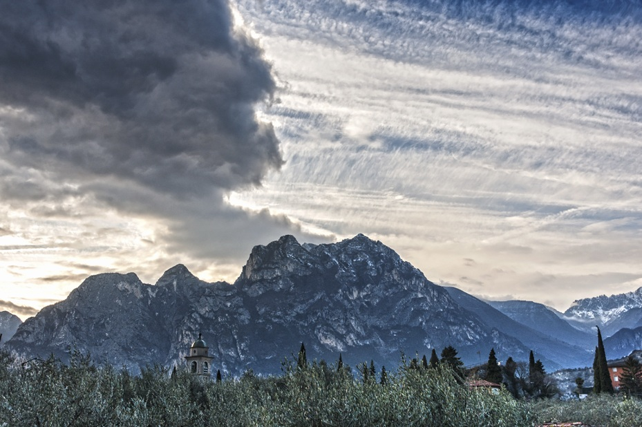 clouds mountains arco