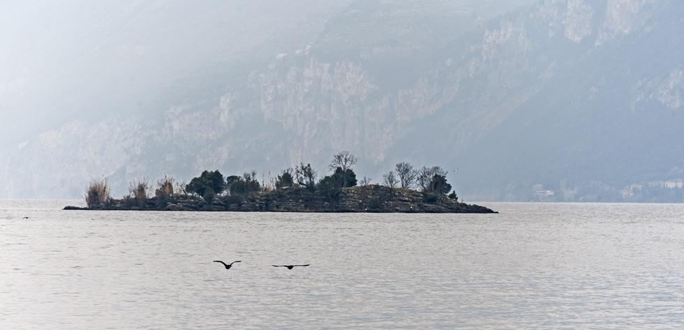 island malcesine lake garda
