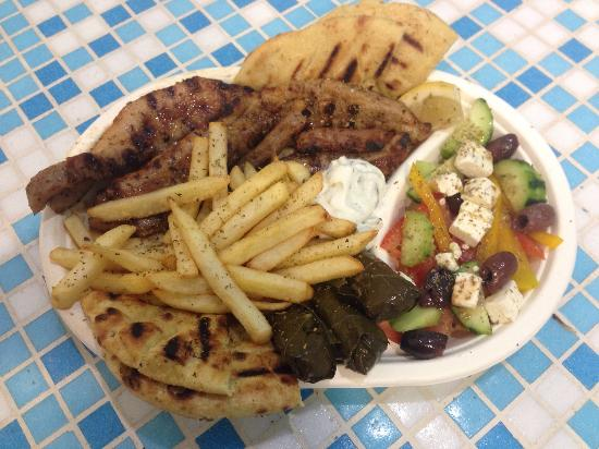greek plate gyros milan