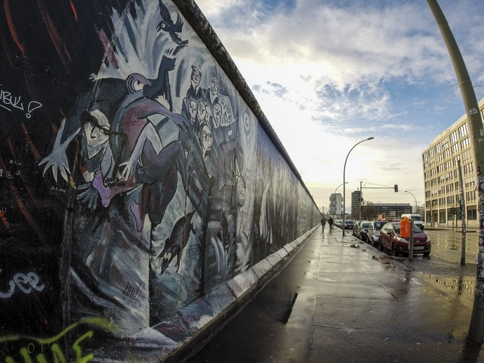 east side gallery sunset