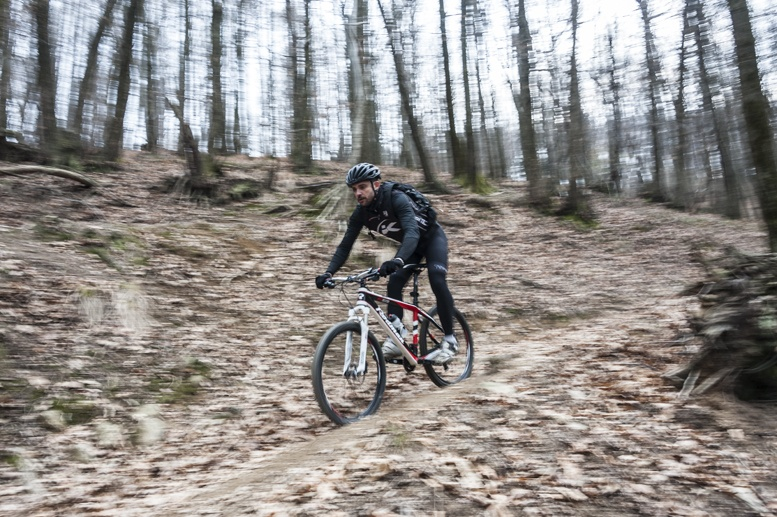 mountain biking Biella woods