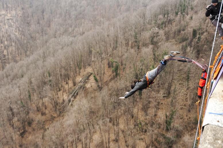 bungee jumping veglio