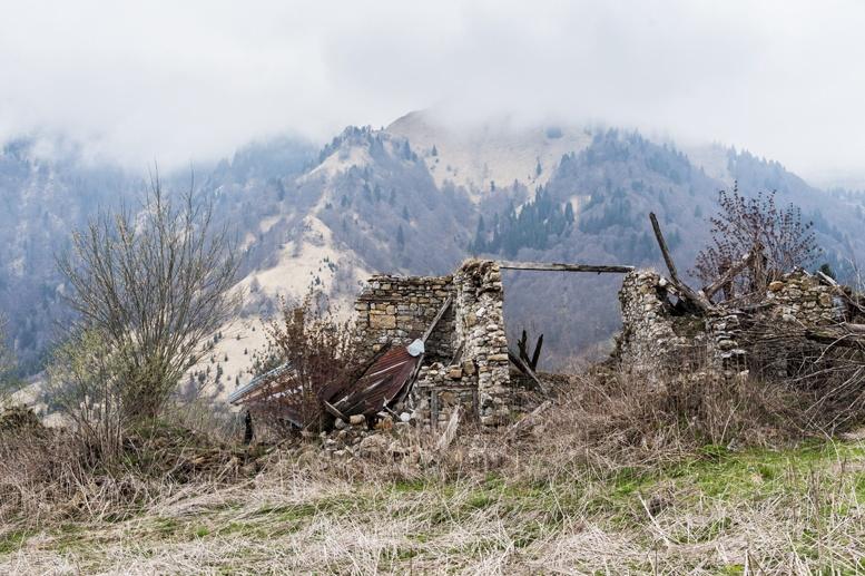 ruins dolacis village