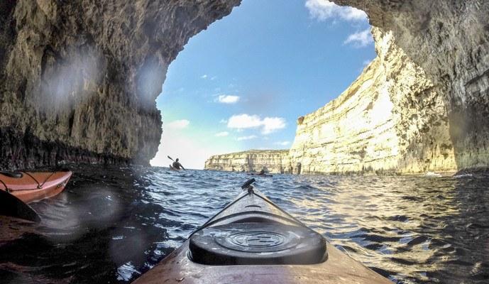 gozo adventure kayaking dwejra