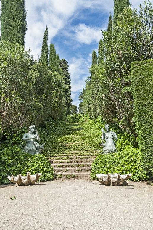 santa clotilde gardens staircase
