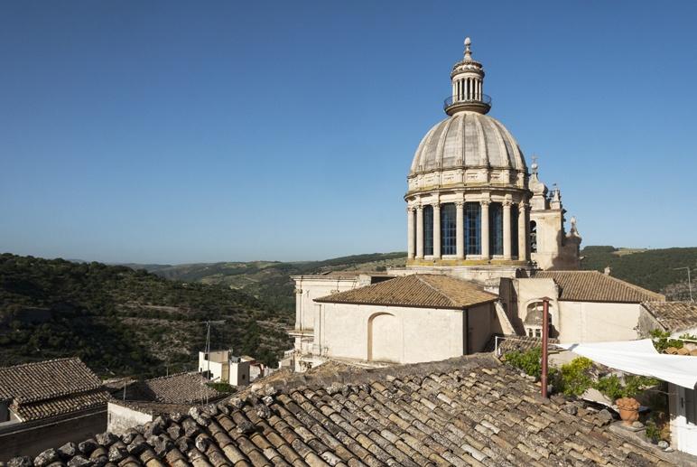 ragusa dome hills iblei