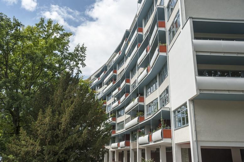 hansaviertel gropius building berlin