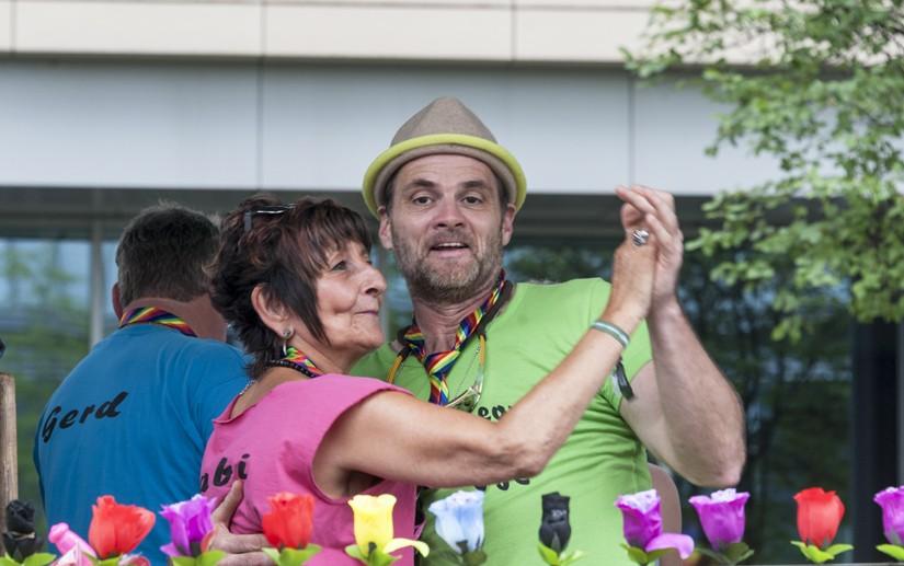 cologne pride dancing float