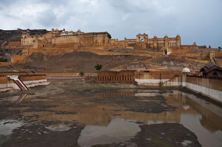 Jaipur Amber fort rain