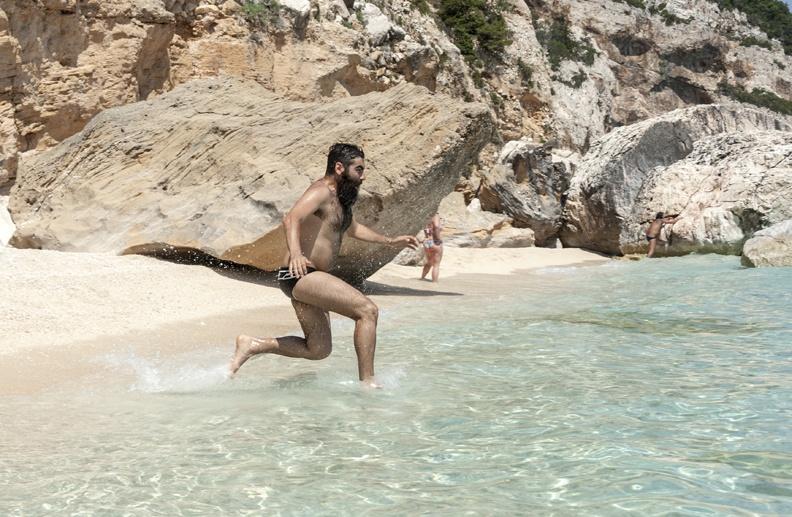 swimming cala mariolu sardinia