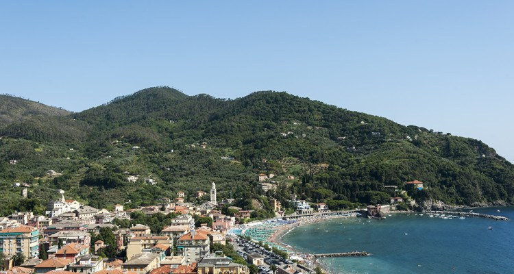 levanto from above view