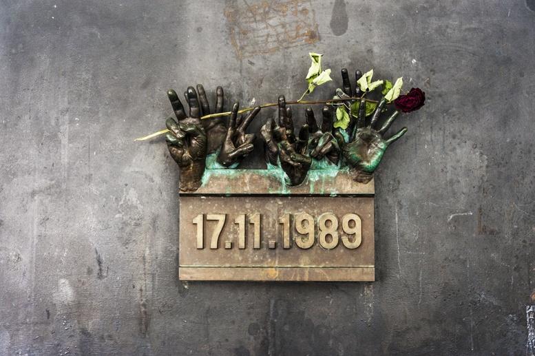 prague velvet revolution memorial
