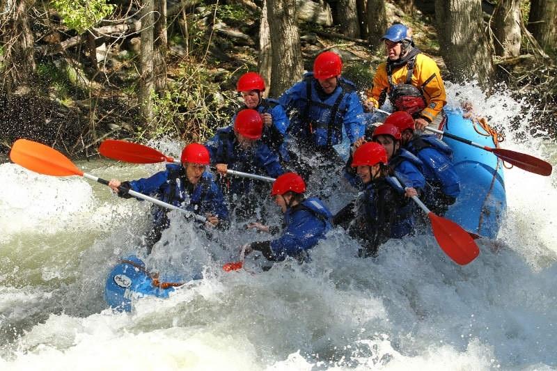 rafting pyrenees roc roi