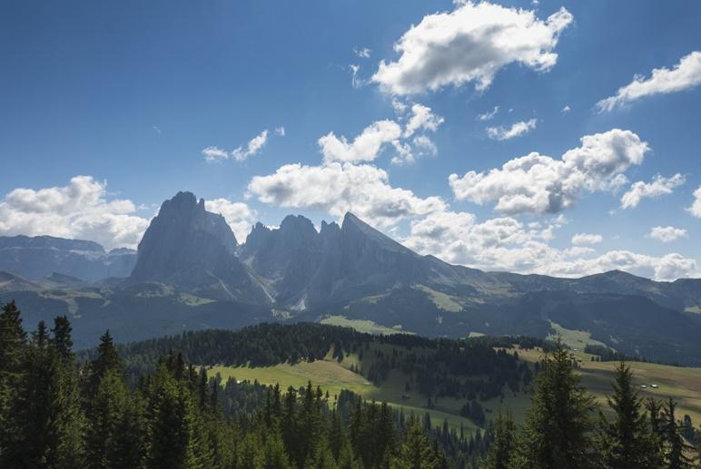 alpe di siusi landscape