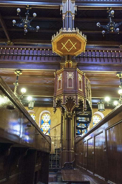 dohany synagogue inside