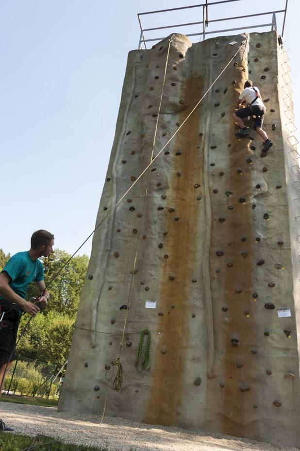 bozenov climbing wall