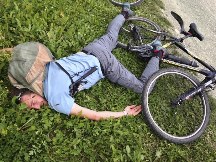 boy fallen from bike