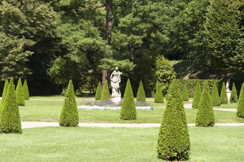 rogalin palace gardens poland