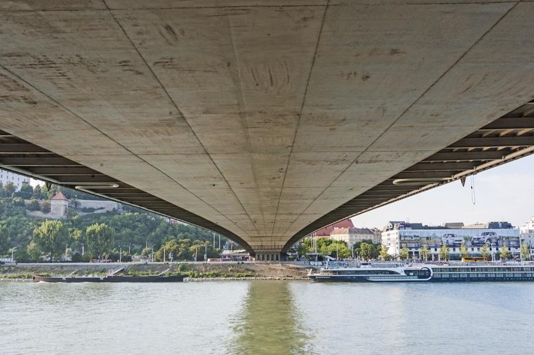 under ufo bridge bratislava
