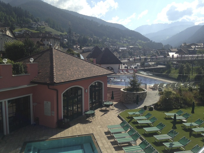 cavallino bianco ortisei swimming pool