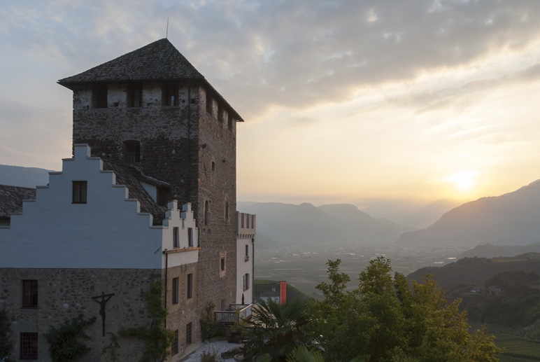 schloss korb hotel south tyrol