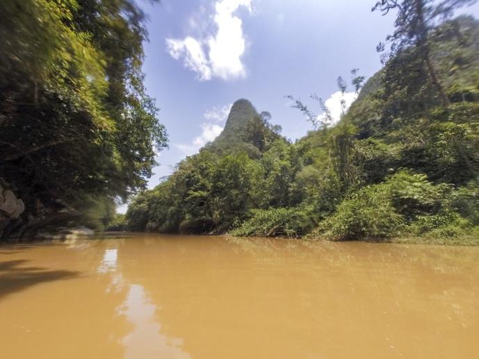 river semadang kayak borneo