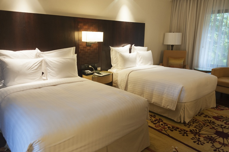 mulu marriott room