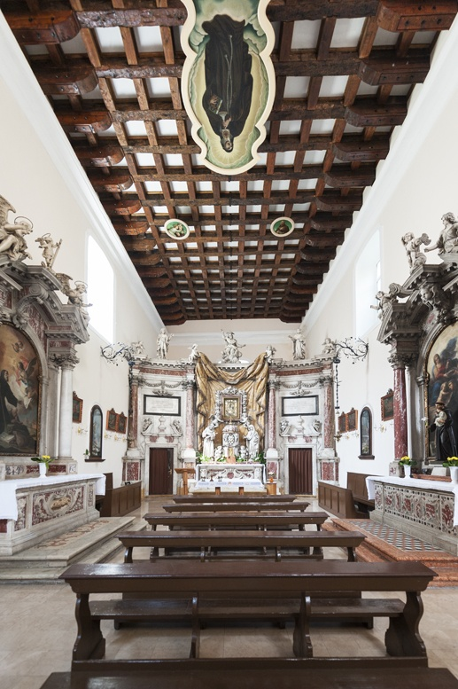 st clara altar kotor montenegro