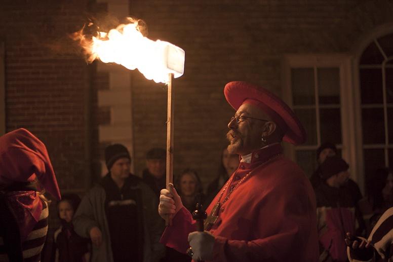 lewes bonfire night bishop